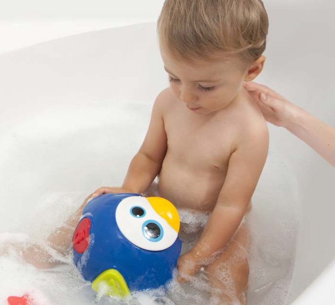 EDDS Design Projets Babymoov Pinguin de bain